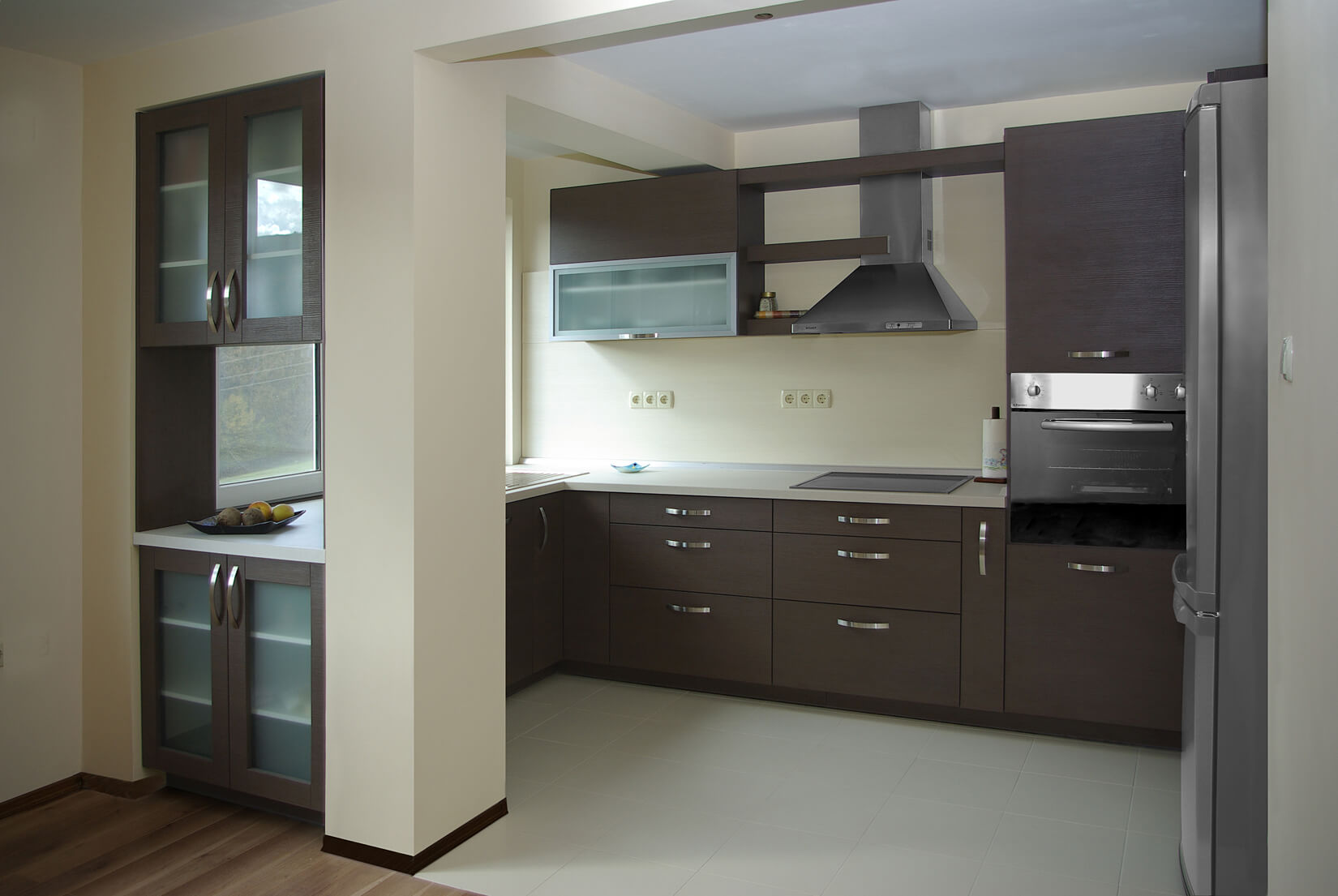 просторна кухня