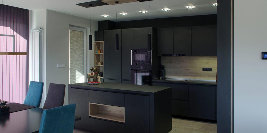 кухня в цвят графит
