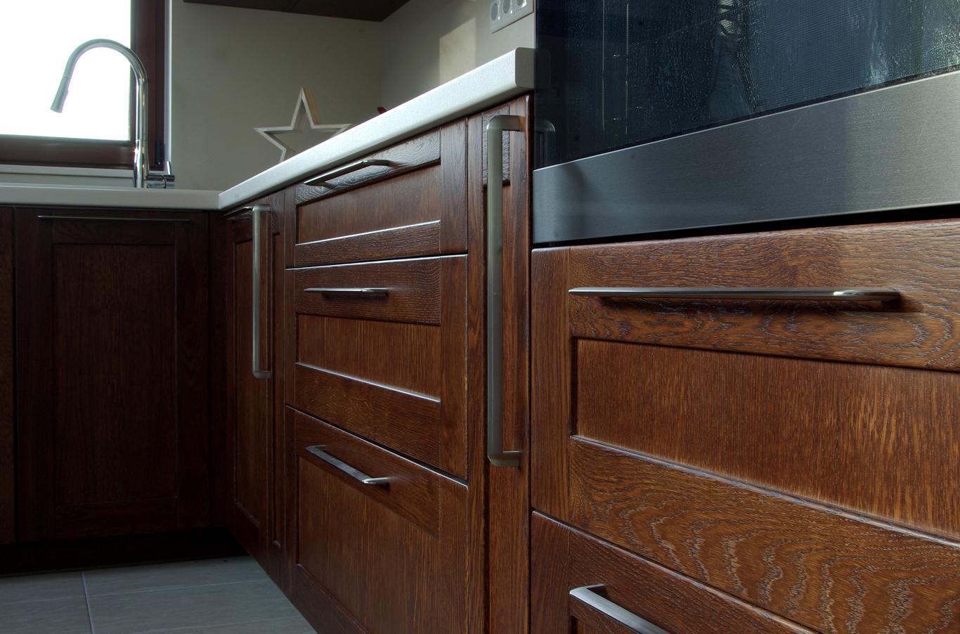производство на кухненски мебели от масив